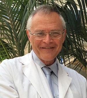 Azrieli Faculty of Medicine, Dean, Prof. Karl Skorecki, teaches medical students.